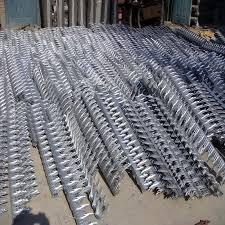 China Galvanized Anti Human Animal Bird Wall Door Big Spike China Wall Spike Fence Spike