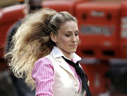 carrie bradshaw s best hair moments