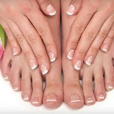 creative nails and spa in sacramento