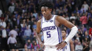 Sacramento Kings Point Guard De'aAron Fox Provides Update on his Hip Injury  - EssentiallySports