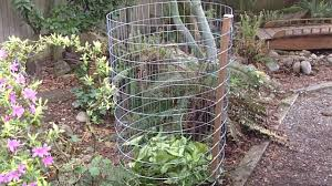 How To Build A Compost Bin In Under 15 Minutes And Cheap Youtube