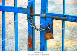 Padlock On A Metal Fence Stock Photos And Images Agefotostock