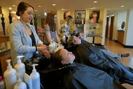 shakti donates salon day to kids whose