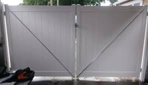 Tampa Vinyl Fence Installation Jennex Custom Fence