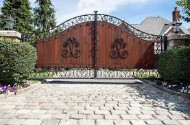 Antique Fencing And Wooden Gate Door Design Ideas The Architecture Designs
