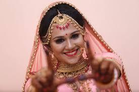 the best bridal makeup artists in delhi