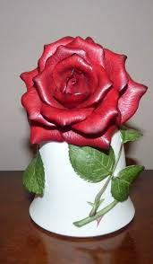 The SONIA ROSE Bell, by Jeanne Holgate Franklin Mint 1983: Amazon.ca: Home  & Kitchen