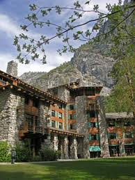 the ahwahnee hotel yosemite national