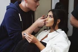makeup artist hung vanngo