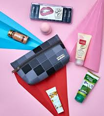 monthly beauty bags subscription in