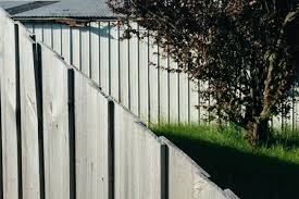 33 Wood Fence Ideas With Pictures To Inspire Your Front And Backyard