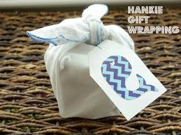 gift giving idea how to gift wrap with
