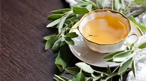 Ricetta Tisana di alloro, salvia, aglio e limone - Giornale del cibo