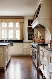 secretly love cream kitchen cabinets