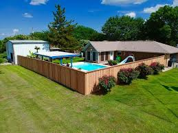 Three Ways To Style Your Cedar Fence With Cap And Trim Philip S Fences