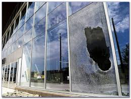 how to fix a broken glass window
