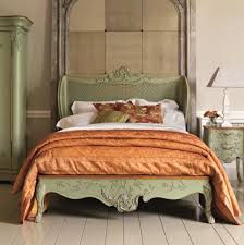 and so to bed lays out best range at