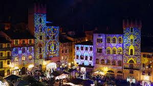 Arezzo sorprende con il Natale più unico e splendente che ci si possa immaginare