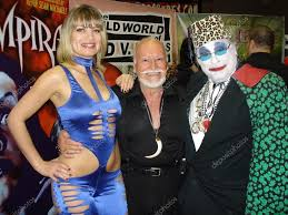 Rena Riffel with Ted V. Mikels and Count Smokula – Stock Editorial Photo ©  s_bukley #15925667