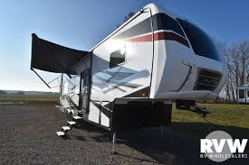 xlr nitro 28dk5 toy hauler fifth wheel