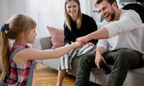 Congedo parentale e voucher baby sitter a confronto: quale ...