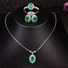 natural and real emerald jewelry
