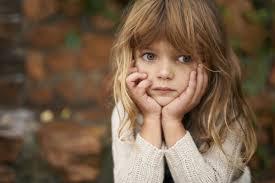 صور بنت حزينة Sad Kids صور حزينة Sad Images