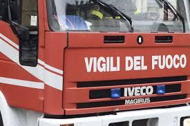 Vasto incendio ad Ancona