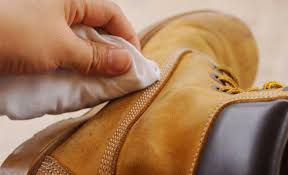 how to clean leather boots and shoes 6