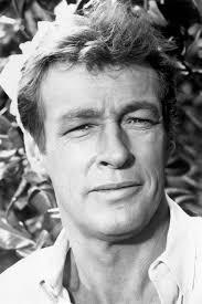 Russell Johnson, Professor on 'Gilligan's Island,' Dies at 89 | Hollywood  Reporter