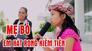 Mẹ bỏ em em phải đi hát rong kiếm tiền - bé gái hát Xin Đừng Bỏ Con Mẹ Ơi  khiến triệu người bật khóc - YouTube