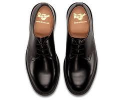 dr martens archie black leather shoes