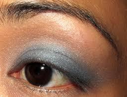a tuesday smokey eye tutorial