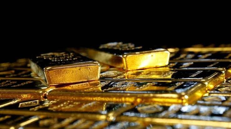 Gold Firms On Economic Worries, Stimulus Hopes