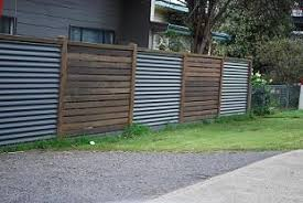 Diy Fence With Corrugated Iron And Timber Google Search Fence Design Backyard Fences Diy Fence