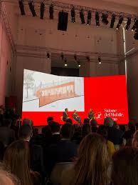 Il Salone del Mobile di Milano. Guida a programma e appuntamenti ...