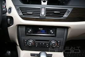 Аудиоинсталляция в BMW X1 на Pioneer DEX-P99RS