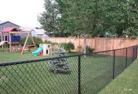 Black Vinyl Coated Chain Link Fences Cedar Fence Black Chain Link Fence Landscaping Along Fence