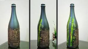 To Decorate A Glass Bottle You Will Need Following Material Glass Bottle Sticker Sheet Spray Paint Black Fomic Sheet Marble Deta Vidro Vidros Decorados