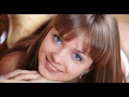 blue eyes and fair skin pale skin