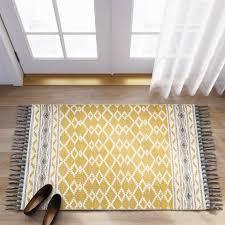 incredible yellow and gray rug