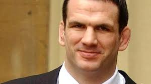 Martin Johnson opens new Hope Against Cancer research unit - BBC News
