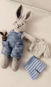 Pin by Jacqueline Viljoen on knitting charts for small critters | Knitted  bunnies, Rabbit knitting pattern, Little cotton rabbits