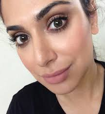 artist of makeup foundation saubhaya