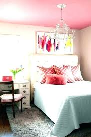 pink and white bedrooms ideas black