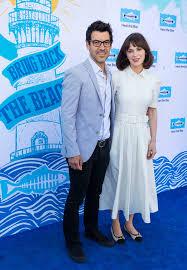 Zooey Deschanel & Jacob Pechenik Split After 4 Years Of Marriage –  Hollywood Life