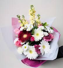 send beautiful fresh birthday flowers