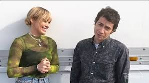 Video: Hilary Duff and Adam Lamberg return for Lizzie McGuire ...