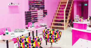 ottawa to get your hair nails