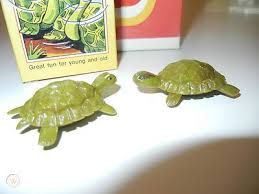 12 Magneto Play-Box magnetic dancing tortoises - Tilda and Hilda - West  Germany | #436943209